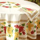 Round Tablecloth with Grapes design